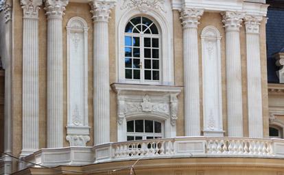 Фасадные колонны и пилястры